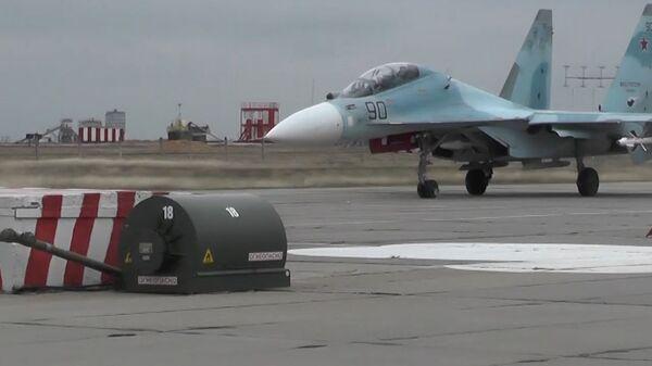 Военный аэродром Бельбек впервые после реконструкции ВПП принял боевые самолеты