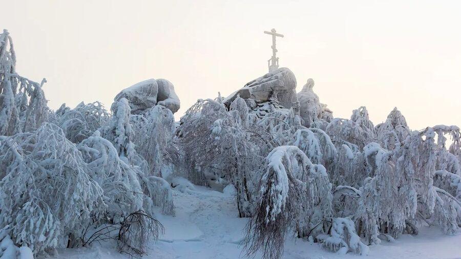 Гора Крестовая
