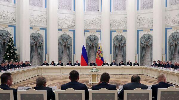 Президент РФ Владимир Путин во время встречи с представителями российских деловых кругов. 26 декабря 2018