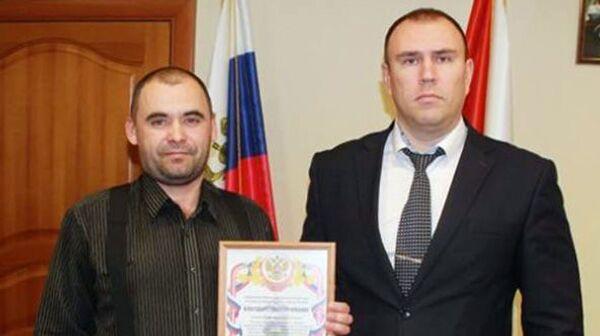 Начальник УМВД России по городу Тюмени Петр Вагин наградил благодарственным письмом Владимира Туркова