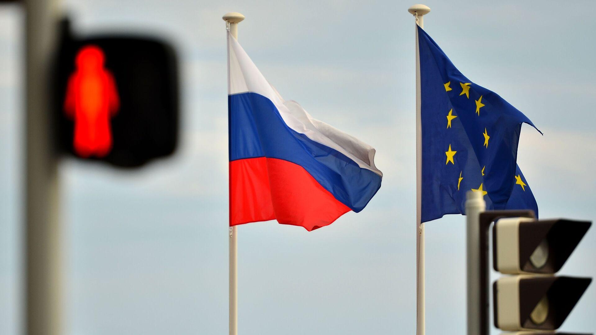Флаги России и ЕС - РИА Новости, 1920, 20.02.2021