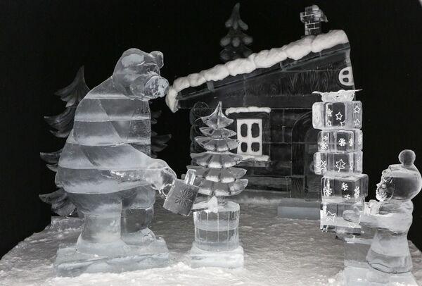 Фестиваль снежно-ледовой скульптуры Снеголед в Мурманской области