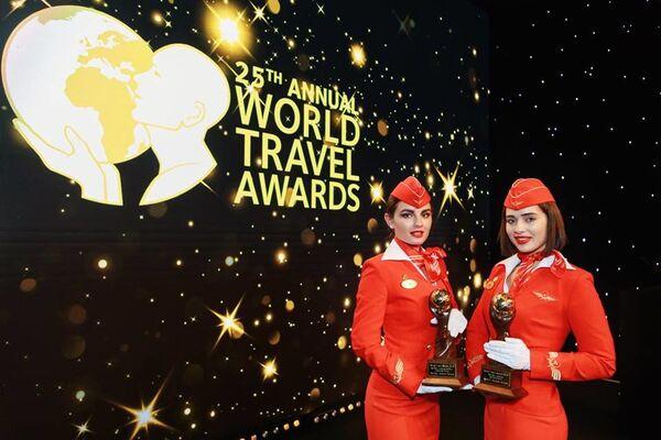 Сотрудницы компании Аэрофлот на премии World Travel Awards