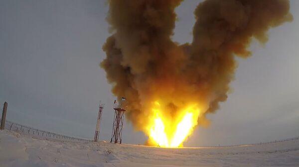 Кадры испытаний российского гиперзвукового комплекса Авангард