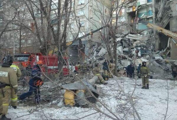 Обрушение подъезда в жилом доме в Магнитогорске. 31 декабря 2018