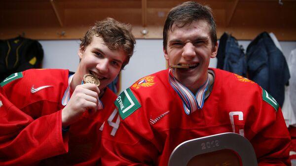 Виталий Кравцов (слева) и Клим Костин