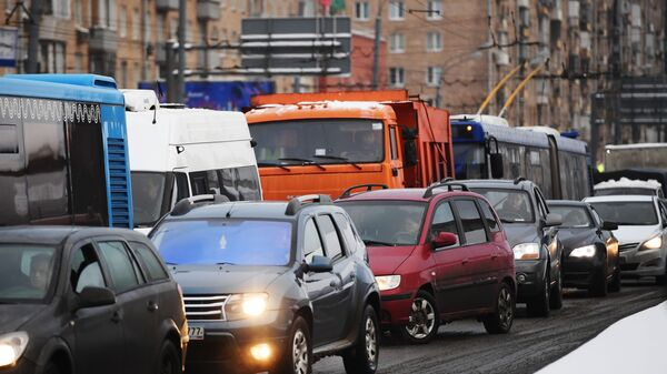 Транспорт на дороге