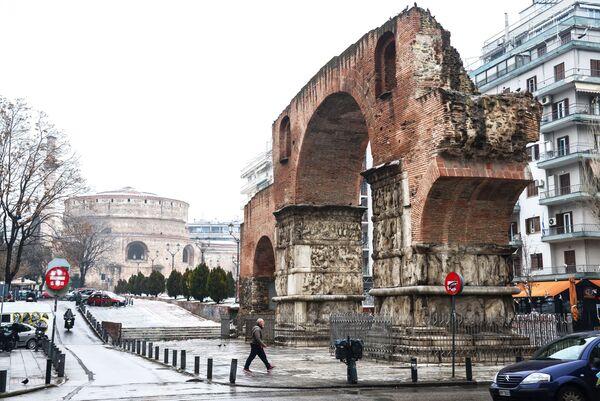 Триумфальная арка императора Галерия в Салониках
