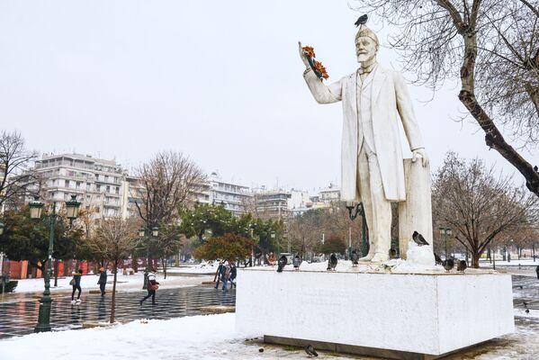 Памятник Элефтериосу Венизелосу в Салониках