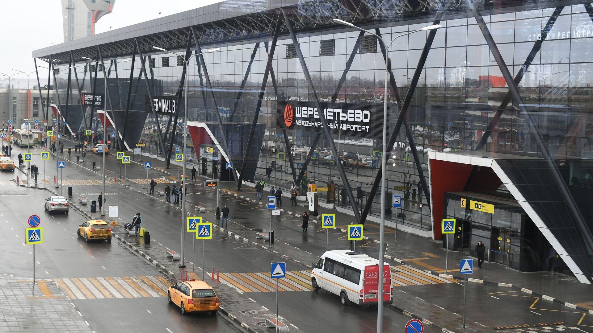 Движение на шоссе к аэропорту Шереметьево ограничили из-за ДТП