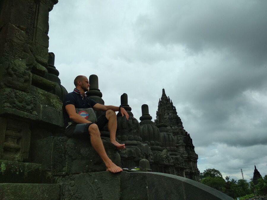 Индонезия , Джокьякарта, буддийский храм Прамбанан