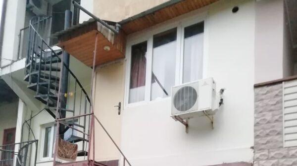 Временное жилище Ильиновой (на втором этаже)