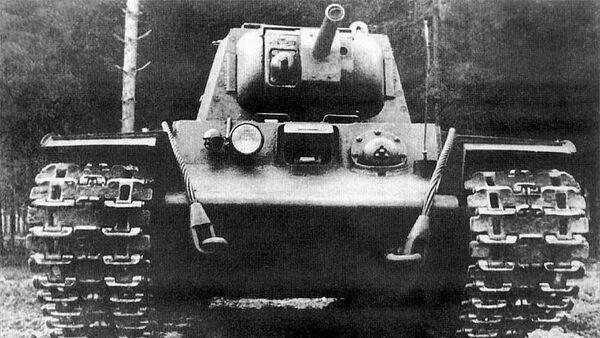 Танк КВ-8
