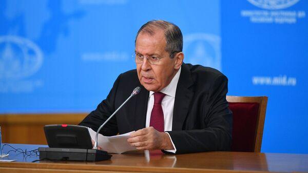 Министр иностранных дел РФ Сергей Лавров на пресс-конференции в Москве