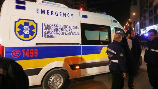 Машина скорой помощи в районе Диди Дигоми на окраине Тбилиси, где произошел взрыв газа