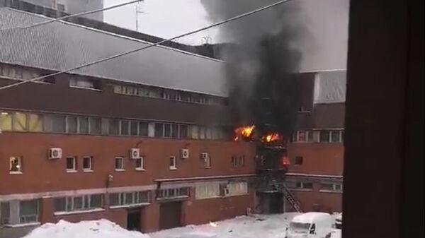 Пожар в типографском комплексе в Санкт-Петербурге