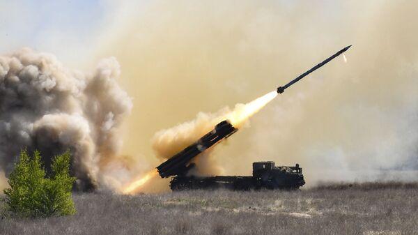 Испытание украинской реактивной системы залпового огня Ольха