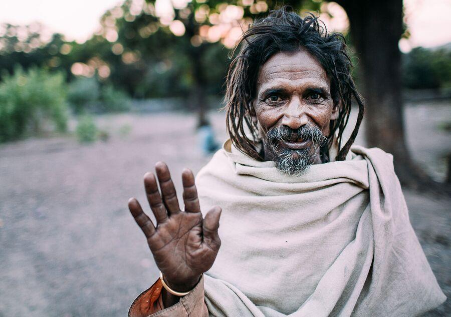 Индия, приветствие с незнакомцем, Ришикеш