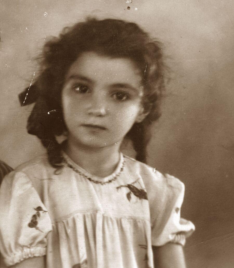 Лейла Адамян в детстве