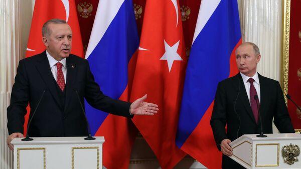 Владимир Путин и президент Турции Реджеп Тайип Эрдоган во время совместной пресс-конференции по итогам встречи. 23 января 2019