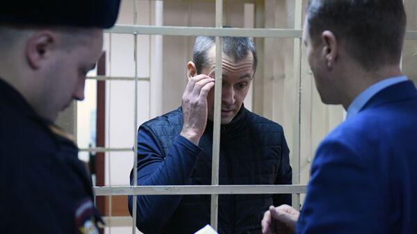 Бывший заместитель начальника управления ГУЭБиПК МВД России Дмитрий Захарченко в суде
