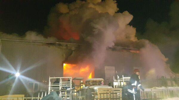 Пожар на складе в Екатеринбурге. 27 января 2019