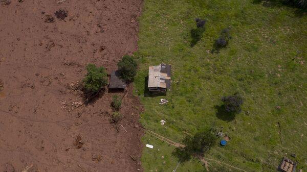 Последствия прорыва плотин на шахте корпорации Vale в штате Минас-Жерайс, Бразилия. 27 января 2019 года