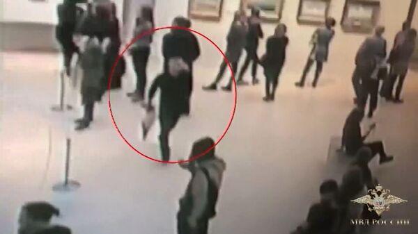Похищение картины Архипа Куинджи Третьяковской галереи в Москве