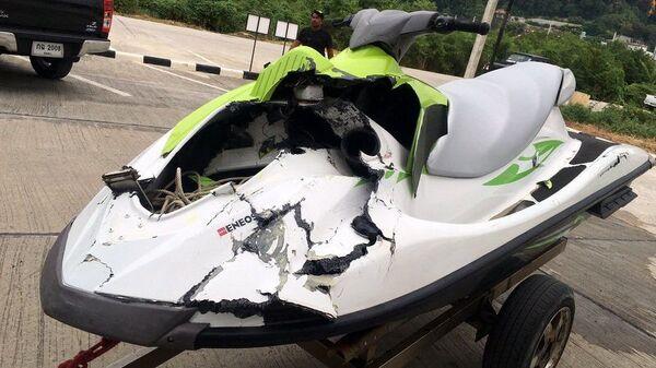 Водный мотоцикл, попавший в аварию по вине туристов из России