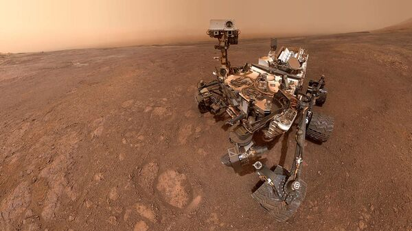 Селфи марсохода Curiosity на хребте имени Веры Рубин на Марсе. 28 января 2019 года