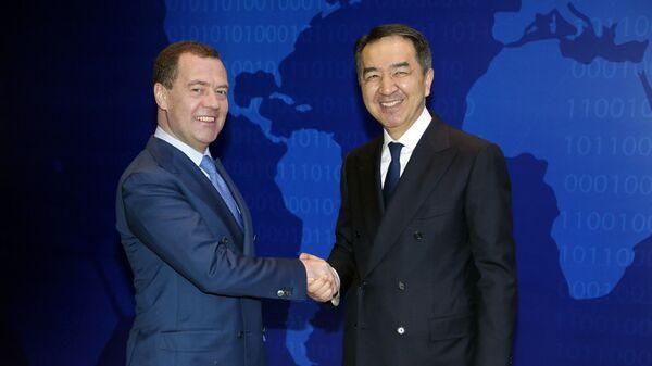 Дмитрий Медведев и премьер-министр Казахстана Бакытжан Сагинтаев во время встречи. 1 февраля 2019