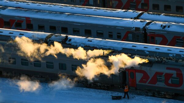 Железнодорожные поезда