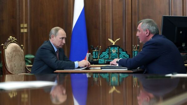 Рогозин доложил Путину о мерах по улучшению ситуации в космической отрасли