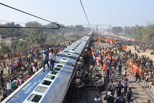 Крушение поезда возле Хаджипура, Индия