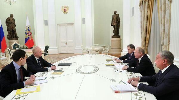 Путин вчетверг встретится сгендиректоромBP