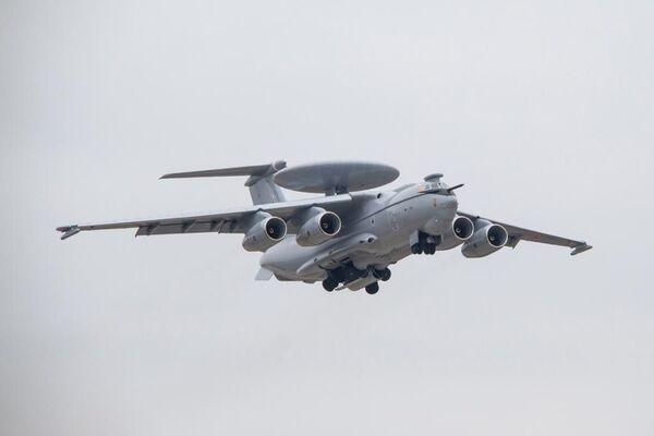 Летающий радар А-100
