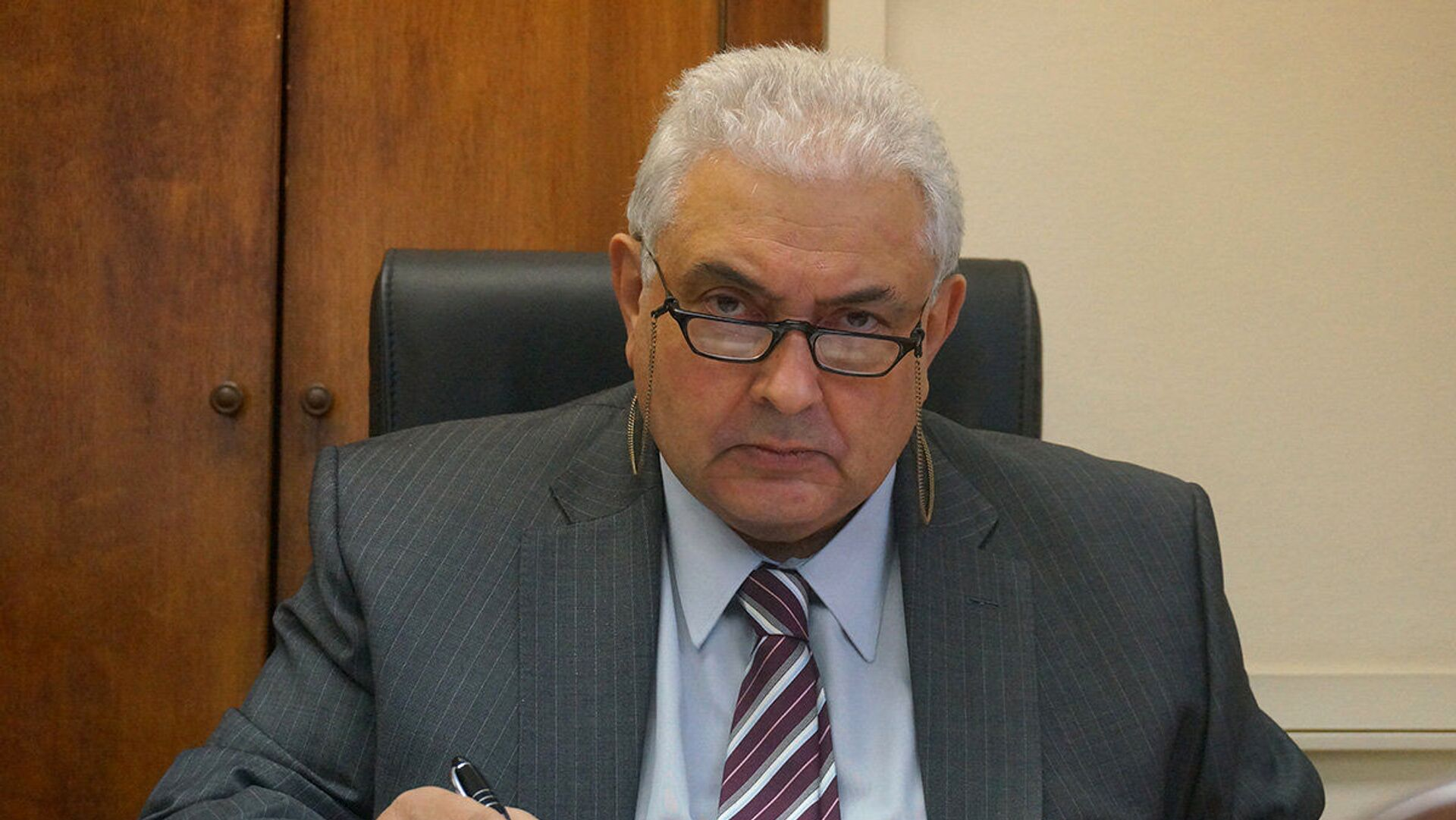 Посол России призвал Запад отреагировать на действия Киева на Донбассе
