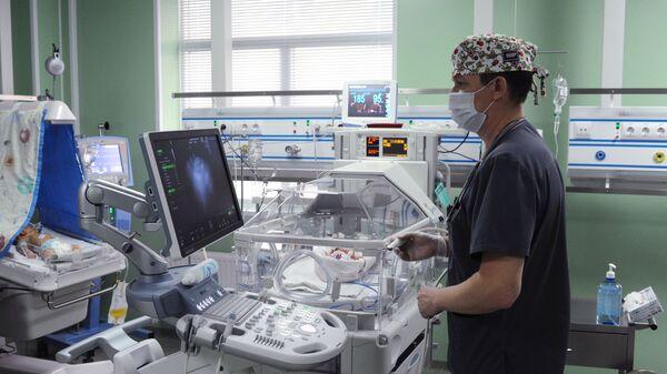 Врач анестезиолог - реаниматолог в отделении реанимации и интенсивной терапии новорожденных