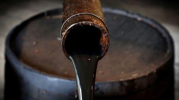 Нефть в Музее нефтяной скважины Дрейка в американском городе Титусвилл