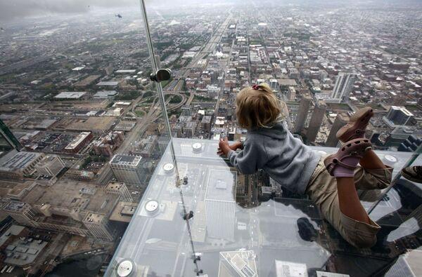 Смотровая площадка Skydeck ledge в Чикаго