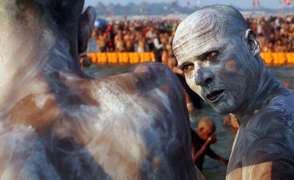 Паломник на фестивале Кумбха Мела в Аллахабаде, Индия