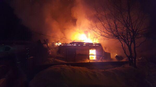 Пожар в частном доме по улице Рутгерса в Кемерово. 16 февраля 2019