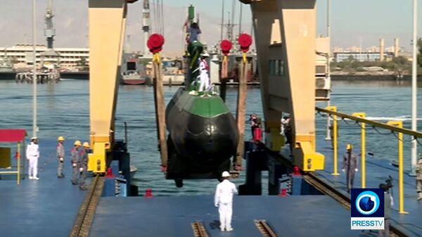 Скриншот видео демонстрации подводной лодки Фатех в Иране