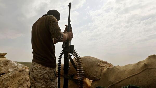 Боец Сирийских демократических сил (SDF). Архивное фото