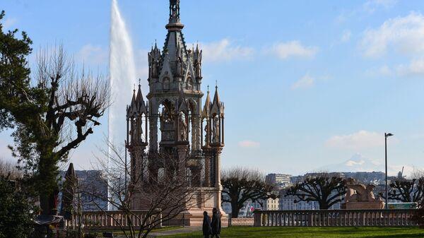 Вид на монумент Брансвика в Женеве