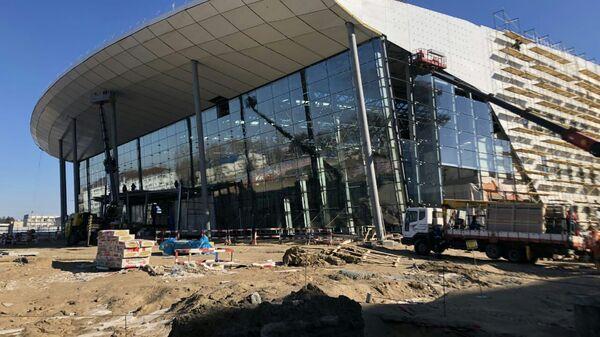 Строительство нового пассажирского терминала аэропорта Хабаровска. Архивное фото