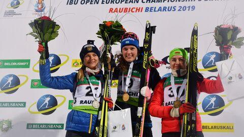 Юлия Журавок (Украина) - серебряная медаль, Ханна Эберг (Швеция) - золотая медаль, Ирина Кривко (Белоруссия) - бронзовая медаль