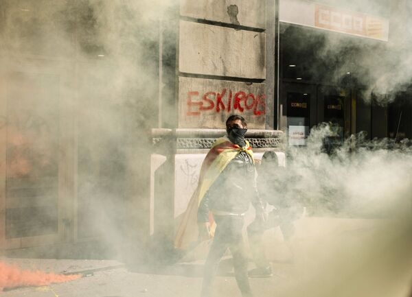 Бастующие во время митинга сторонников независимости Каталонии