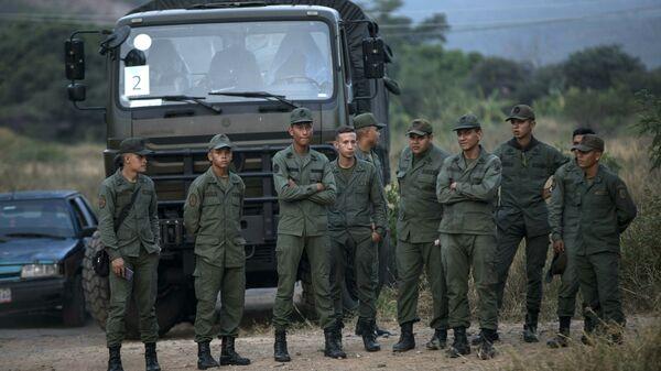 Военнослужащие армии Венесуэлы на границе с Колумбией. 21 февраля 2019