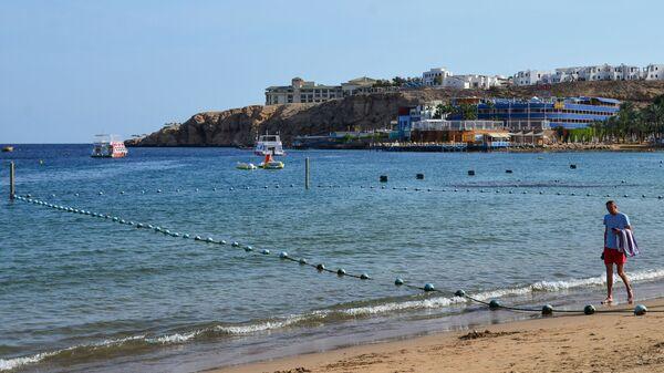 Огороженные акватории для купания на пляже в Шарм-эль-Шейхе